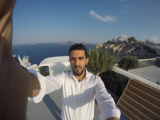 Mr Vish hits Greece